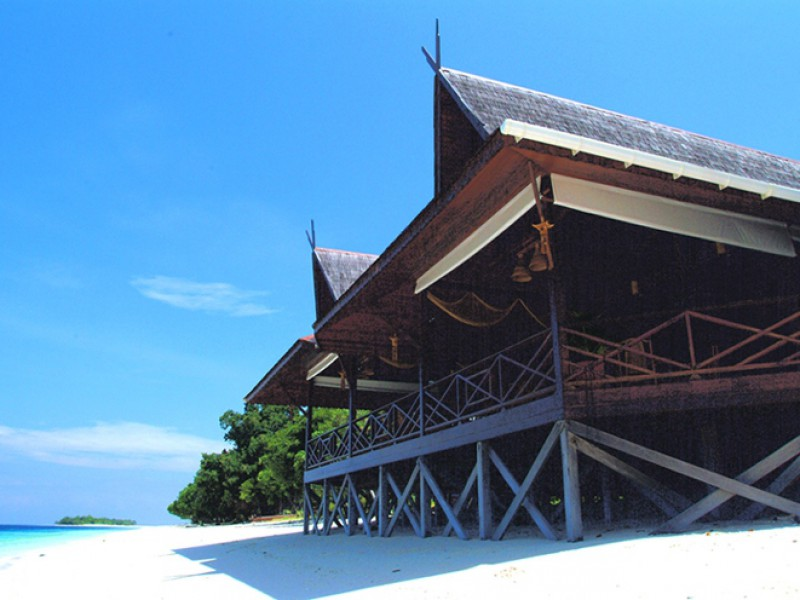Mataking: The Reef Dive Resort  4